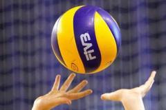 Товариська зустріч з волейболу між учнями та вчителями